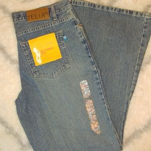 Delia*s first avenue flare jeans NWT 11/12